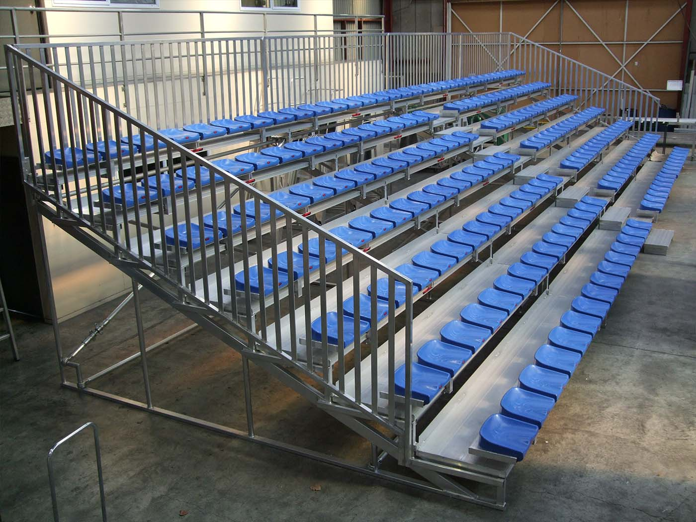 Individual Seats on Superseat
